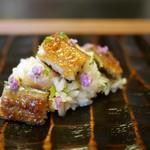 87406961 - 鰻寿司