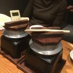 目黒魚金 - 釜飯2種類