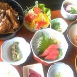 実乃花 - 日替わり定食の充実具合が、うれしい!