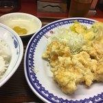 永楽 - 料理写真:お昼のサービス定食<エビ天>