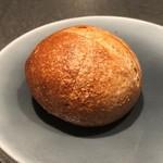ル マルシャンド ボヌール - ◆自家製パン