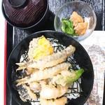 京料理 萬長 - 京都名物鱧と琵琶湖産小鮎の天丼