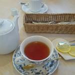 87432198 - セットドリンク紅茶270円