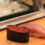 ひょうたん寿司 - いくらと中トロ