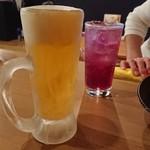87438384 - ビールと巨峰サワー