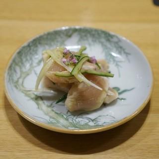 焼鳥 かさ原 - 料理写真:胸肉と胡瓜の和えもの