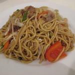 タイ式焼きそば メラ - 料理写真:タイ式焼きそば(たまご麺、ガーリックソース)