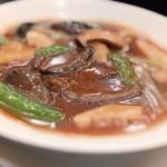 桂花 - ナマコと野菜の醤油煮込み