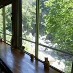 絶景カフェ ぽっぽ - 店内からの眺め