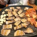 韓国村 - サムギョプサル(2人前)