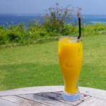 海のイスキア - ドリンク写真:マンゴージュース