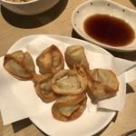 居酒屋・焼肉・韓国料理 梅ちゃん -