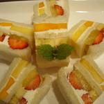ホソカワ - フルーツサンド