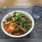 びっくり食堂 - 料理写真:牛カルビー丼(*≧∀≦*)