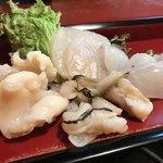 菅生寿司 - 料理写真:お造り盛り合わせ軽めに
