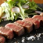 Beef&bar真吾 - 全市場の1割にも満たない雌牛にこだわった『米沢牛のステーキ』