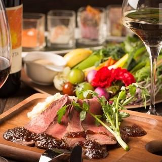ローストビーフ含む3種の食べ放題プランが人気