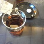87455893 - 先ずは麦茶と干菓子