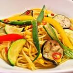 ランチ&バー 花菜 - 夏野菜のペペロンチーノ