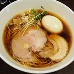 麺や新倉 - 味玉中華そば(並)