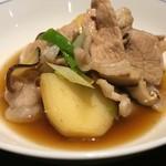 千真野 - 館ケ森高原豚と紫波産熟成ジャガイモの肉じゃが