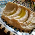 Zenobia Cafe - ひよこ豆のペースト。