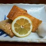 瑠玖&魚平 - 鮭はらす焼き
