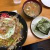 七ふく  - 料理写真:焼きそば、おにぎり、味噌汁