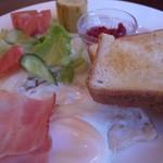 ティールームリーフ - 料理写真:モーニングセット