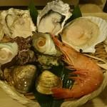 浜焼きゆうちゃん - 浜焼きセット+牡蠣とサザエ