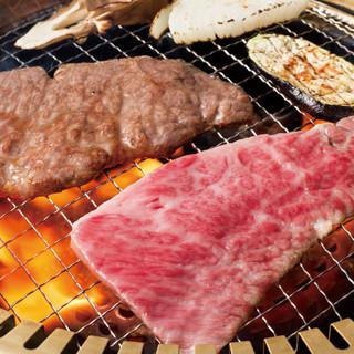 肉の旨味を引き立てる、秘伝の洗いダレ