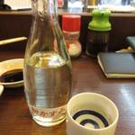 大ざわ地下西店 - 日本酒 熱燗 330円 (2018.6)