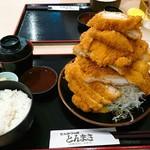 とんまさ - 若鶏かつ定食(1700円)
