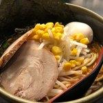 ど・みそ - 料理写真:特みそらーめん(背脂なし) 960円。