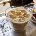 寺崎コーヒー - アイスカフェラテ 410円