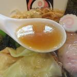 87489798 - 魚介香るスープ