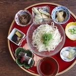 近江和菜ちよだ - 料理写真:九曜曼荼羅麺 鉢もかわいいもののお出汁は極め付け。