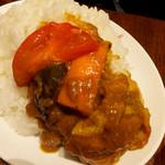ホットスプーン - 完熟トマトと彩り野菜チキンカレー