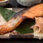 鈴波 - 焼魚(銀鮭の味醂粕漬)
