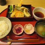 天ぷら やす田 - 天ぷら定食@900円(税込み)