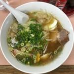 九州中華料理店 - ワンタンメン