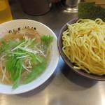 めん屋 桔梗 - 塩つけ麺特盛り@850円(税込み)