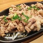 やよい軒 フォレオ大阪ドームシティ店  - お肉