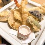 尾道和食レストラン ゆう家 - 天ぷら盛り合わせ