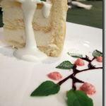 P's レストラン - P's restaurant 桃のシフォン