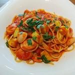 87504240 - 夏野菜とソーセージのトマトソース