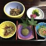 まる八 - 松定食の前菜、小鉢