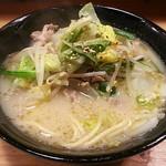 肉汁餃子 大衆酒場ぴたり - 【特製ちゃんぽん】¥750(税抜)