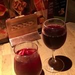 87509083 - 自家製サングリア                       赤ワイン