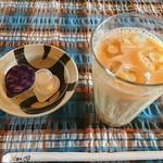 ナツメグ - アイスのチャイ